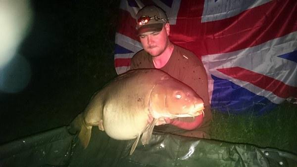 Team Engeland met een avondvis